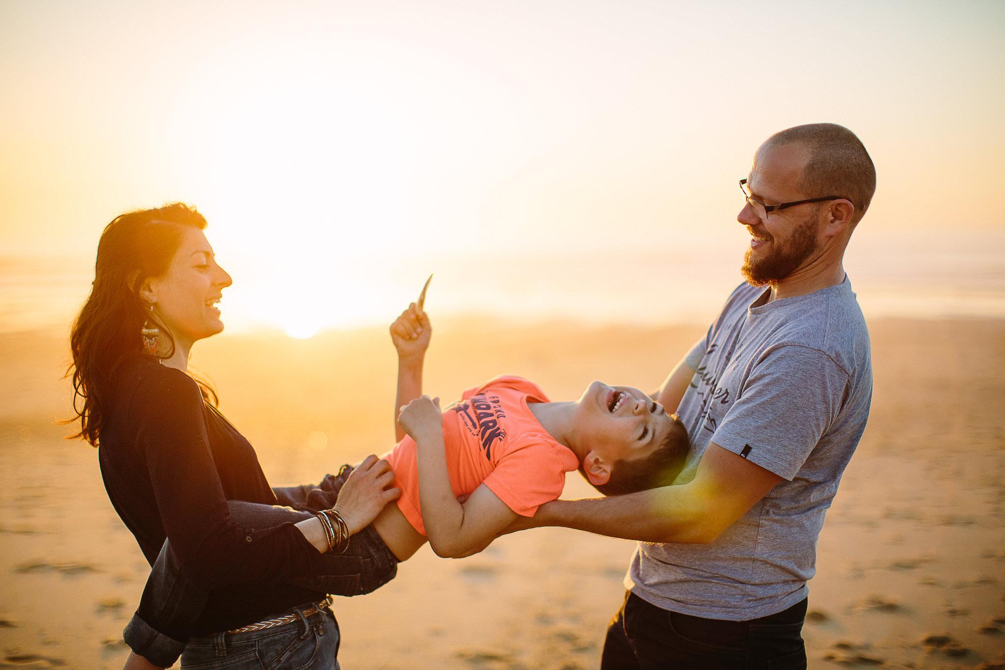 claire saucaz photographe de famille a biarritz sur la cote basque